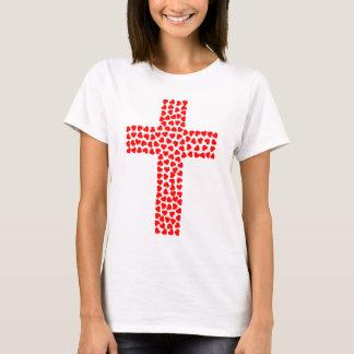 Camiseta T-Shirt com cruz composta de coração