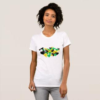 Camiseta T-shirt - corações jamaicanos