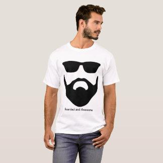 Camiseta T-shirt da barba e dos óculos de sol