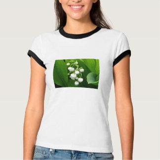 Camiseta T-shirt da mulher das flores brancas