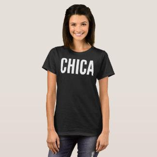 Camiseta T-shirt da tipografia do texto de Chica