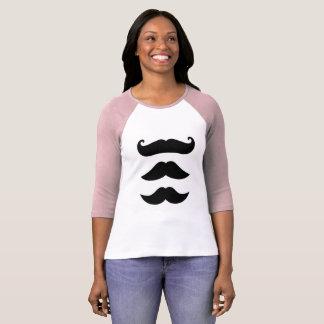 Camiseta T-shirt das meninas com bigodes