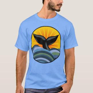 Camiseta T-shirt das ondas de oceano da cauda da baleia
