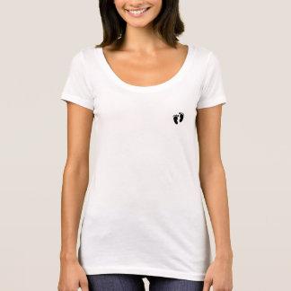 Camiseta T-shirt das pegadas do pescoço da colher das