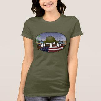 Camiseta T-shirt das senhoras de Kilroy da guerra mundial 2
