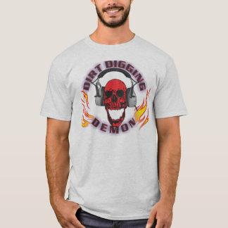 Camiseta T-shirt de escavação do demónio da sujeira