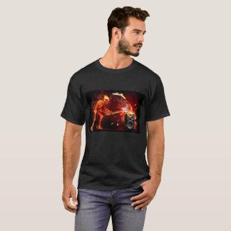 Camiseta T-shirt de esqueleto flamejante para homens