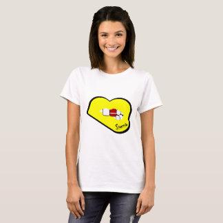 Camiseta T-shirt de Latvia dos lábios de Sharnia (lábios