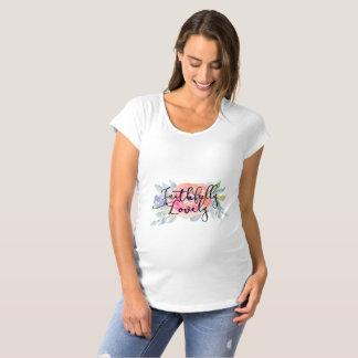 """Camiseta T-shirt de maternidade """"fielmente bonito"""""""