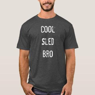 """Camiseta """"T-shirt de Sledders.com do carvão vegetal de Bro"""