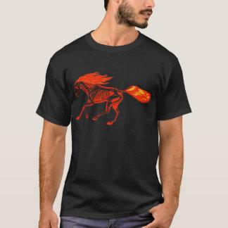 Camiseta T-shirt do cavalo do fogo