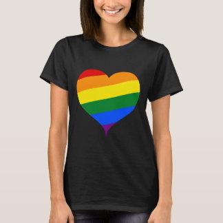 Camiseta T-shirt do coração de LGBT