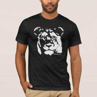 Camiseta T-shirt do design da pintura pistola da leoa