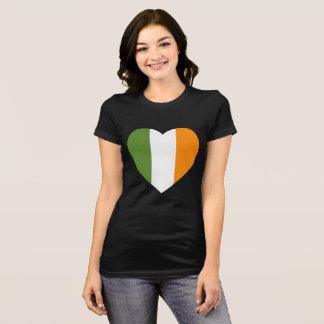Camiseta T-shirt do dia de St Patrick irlandês do coração