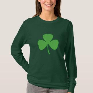 Camiseta T-shirt do dia de St Patrick irlandês do trevo