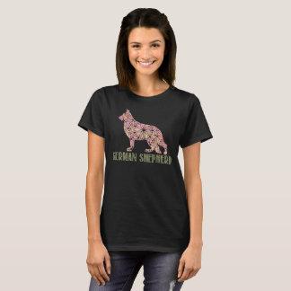 Camiseta T-shirt do german shepherd GSD da mandala