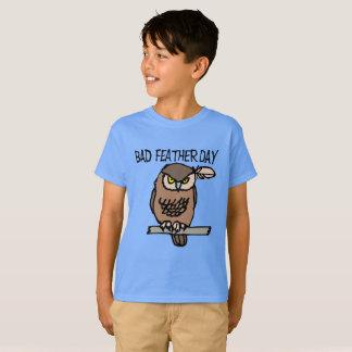 Camiseta T-shirt do Hanes TAGLESS® dos miúdos maus do dia