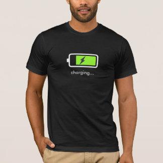Camiseta T-shirt do ícone do carregamento de bateria
