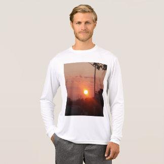 Camiseta T-shirt do nascer do sol