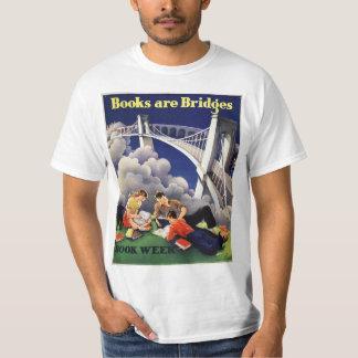 Camiseta T-shirt do pouquinho do livro de 1946 crianças