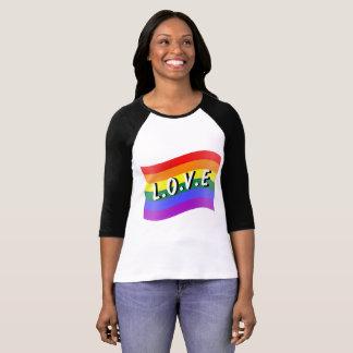Camiseta T-shirt do Raglan da consciência do amor de LGBT