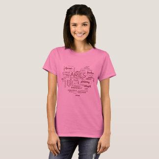 Camiseta T-shirt do rosa do coração da palavra dos traços