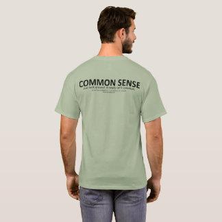 Camiseta T-shirt do senso comum (para a luz BG, a parte