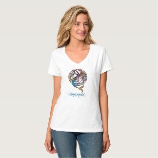 Camiseta T-shirt do V-Pescoço da sereia de Hashtag