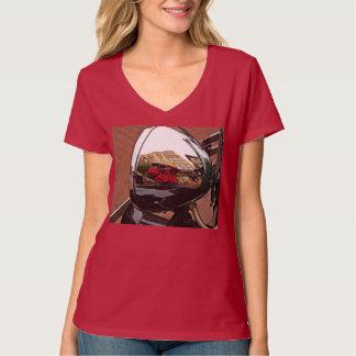 Camiseta T-shirt do v-pescoço do farol do carro das