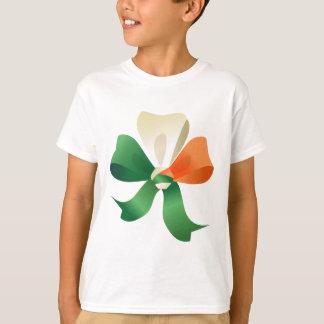 Camiseta T-shirt dos miúdos com arco de St Patrick
