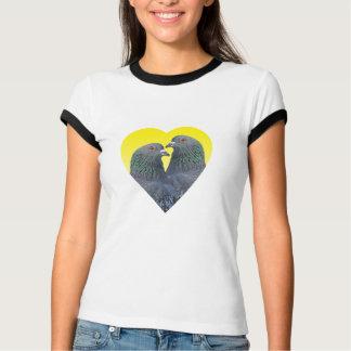 Camiseta T-shirt dos pombos do amor