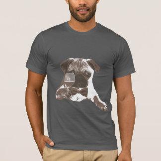 Camiseta T-shirt elegante do vinho do bebendo do Pug do