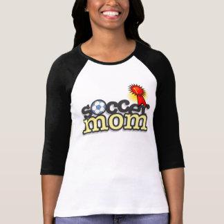 Camiseta T-shirt encantador da mamã do futebol - design #2