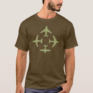 Camiseta T-shirt escuro básico dos planos 5