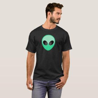 Camiseta T-shirt estrangeiro verde