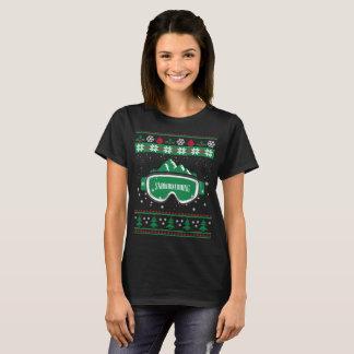 Camiseta T-shirt feio da snowboarding do Natal