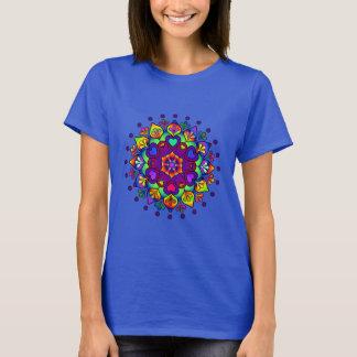 Camiseta T-shirt floral bonito das senhoras da mandala