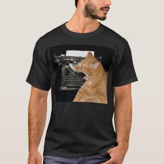 Camiseta T-shirt furado do escritor