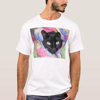 Camiseta T-shirt: Gato engraçado envolvido nas coberturas