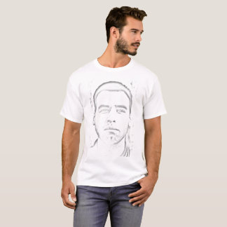 Camiseta T-shirt - homem com olhar melancólico
