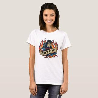 Camiseta T-shirt irritado do branco da mulher