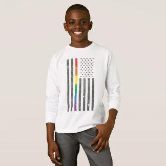 Camiseta T-shirt longo da luva do menino americano da