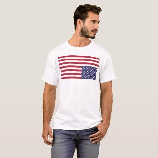 Camiseta T-shirt militar do sinal de aflição da bandeira