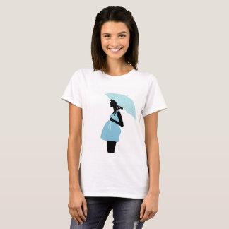 Camiseta T - shirt mulher grávida ao guarda-chuva