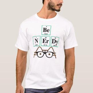 Camiseta T-shirt Nerdy engraçado do gato