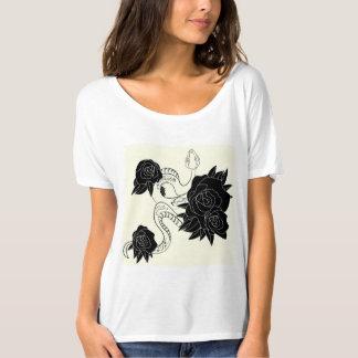 Camiseta T-shirt ocasional simples com cobra e rosas