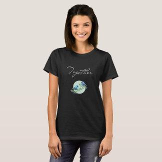 Camiseta T-shirt preto do verão com dois bluebirds