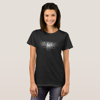 Camiseta T-shirt que da mulher a varinha leve dos espírito