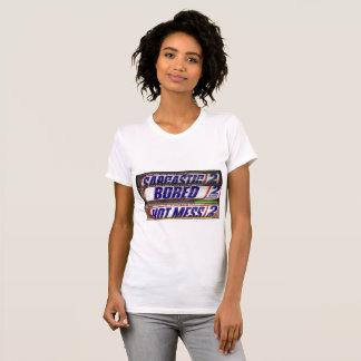 Camiseta T-shirt quente furado sarcástico da confusão
