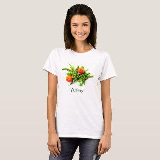 Camiseta T-shirt saboroso com feijões verdes e laranjas